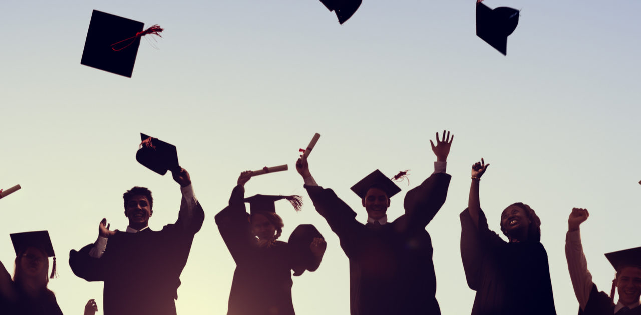 Five Apps to Help Pay for College